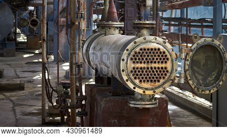Industrial Heat Exchanger Or Boiler Tubes Bundle. Two Way Heat Exchanger Shell And Tubes Opened For