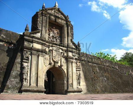 fort santiago gate entrance