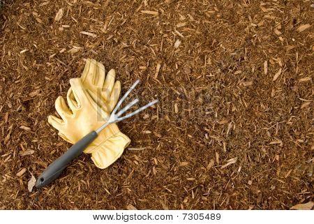 Mulch and Garden Gloves with Rake