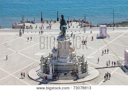 Lisbon, Portugal. August 31, 2014: Praca do Comercio  (Commerce Square) also known as  Terreiro do Paco, with the King Dom Jose statue, the Cais da Colunas (Columns Pier) and the Tagus River estuary