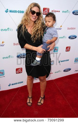 LOS ANGELES - SEP 28:  CaCee Cobb, Rocco Faison at the 3rd Annual Red CARpet Safety at Skirball Center on September 28, 2014 in Los Angeles, CA