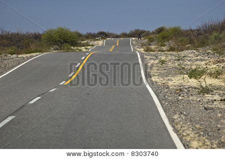 Auto Street Thru The Desert