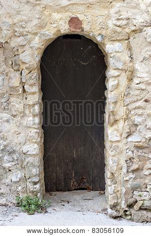 Arch Door In Gigondas
