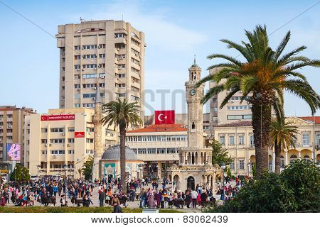 Izmir, Turkey. Central Konak Square With Crowd Of Tourists