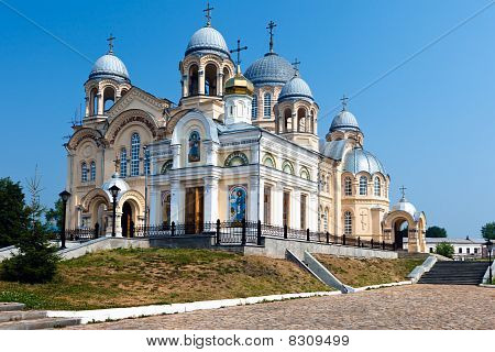 Verhoturie.man's Piously-nikolaev Monastery 1