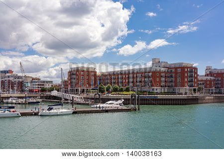 Portsmouth/UK. 14th July 2016. Gunwharf Quays is a mixed retail and leisure marina development in Portsmouth on the UK's south coast.