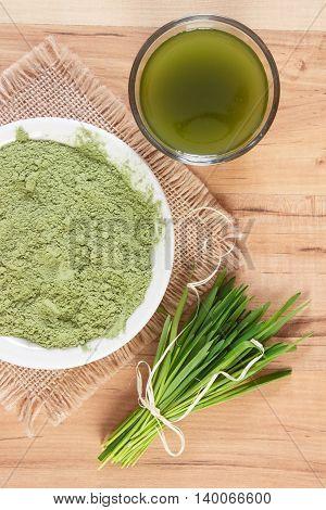 Young Powder Barley And Barley Grass With Beverage, Body Detox