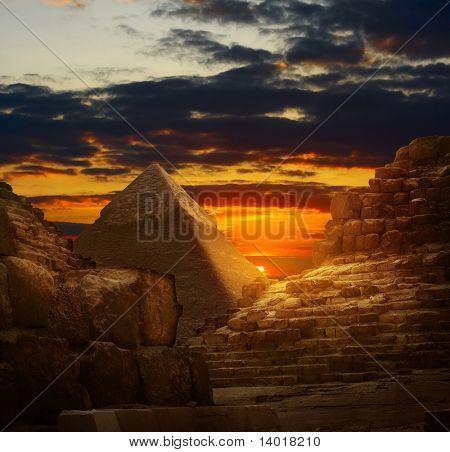 Sunset in Giza pyramids