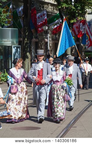 ZURICH - AUGUST 1: Swiss National Day parade on August 1, 2012 in Zurich, Switzerland. Representatives of canton Zurich in a historical costumes.