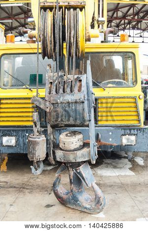 For roadside assistance cranes. Wrecker for heavy vehicles. Breakdown on the road.