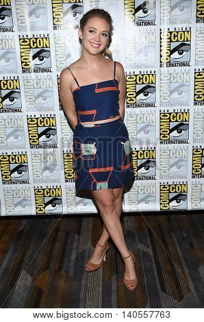 LOS ANGELES - JUL 22:  Billie Lourd arrives to the Comic Con 2016 -