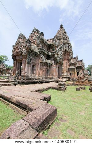 prasat Hin Phanom RungPhanom Rung or full name Prasat Hin Phanom Rung is a Khmer temple complex set on the rim of an extinct volcano at 402 metres elevation in Buriram Province in the Isan region of Thailand.