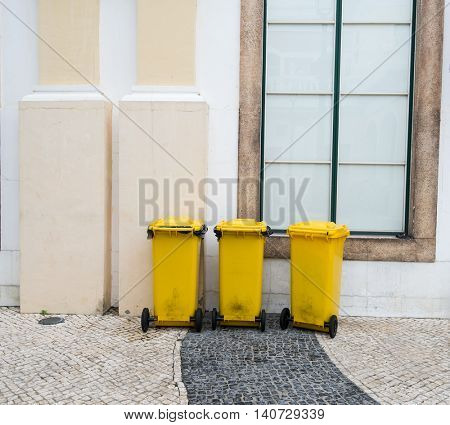 yellow wheelie bins for Recycle Materials