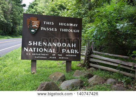 Sign showing entrance to Shenandoah Nation Park, Virginia.