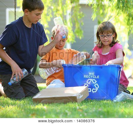 Kids filling recycle bin