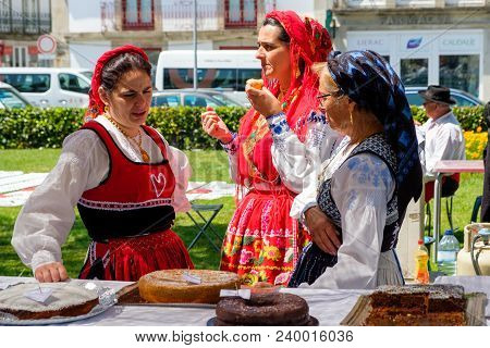 Viana Do Castelo, Portugal - May 5, 2018 : Preparations For The Feast Of Roses Vila Franca Do Lima ,