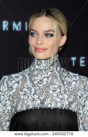 LOS ANGELES - MAY 8:  Margot Robbie at the