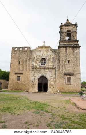Mission San Jose Is A Historic Landmark Building With An Operation Church Parish Inside In San Anton
