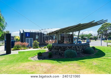 Wonthaggi, Australia - January 27, 2018: Weather Shelter Outside The Visitor Information Centre In W