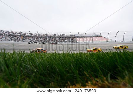 May 06, 2018 - Dover, Delaware, USA: Jamie McMurray (1) brings his car through the turns during the AAA 400 Drive for Autism at Dover International Speedway in Dover, Delaware.