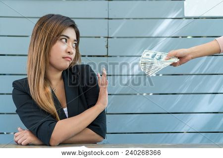 Businessman Refusing To Take Bribe. She Expresses A Lack Of Financial Bribes.