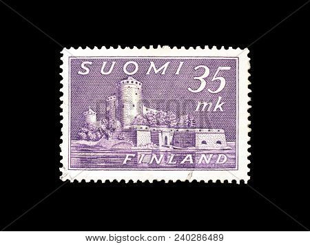 Finland - Circa 1930 : Cancelled Postage Stamp Printed By Finland, That Shows Castle In Savonlinna.