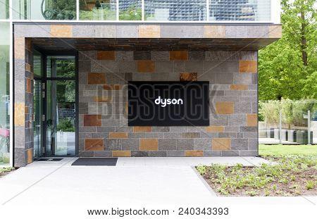 Dyson Headquarter In Amsterdam