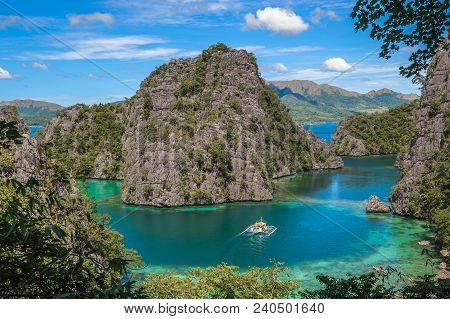 Kayangan Lake Or Blue Lagoon, Coron Island, Philippines