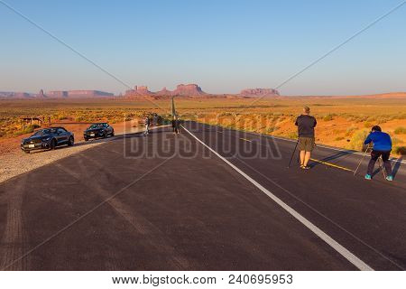 Monument Valley, Arizona, Utah, Usa- 02 September, 2017: People Taking Photo On Forrest Gump Point A