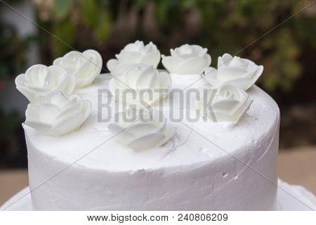 Wedding cake top, white