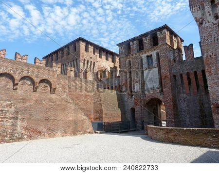 Castles Of Italy - View Of The Medieval Castle Of Soncino In The Province Of Cremona - Italy 50