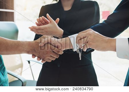 Business Handshake And Business People. Business Executives To Congratulate The Joint Business Agree