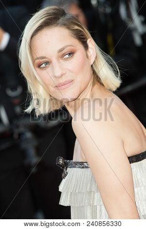 CANNES, FRANCE - MAY 13: Marion Cotillard attends the screening of 'Sink Or Swim (Le Grand Bain)' during the 71st annual Cannes Film Festival at Palais des Festivals on May 13, 2018 in Cannes, France.