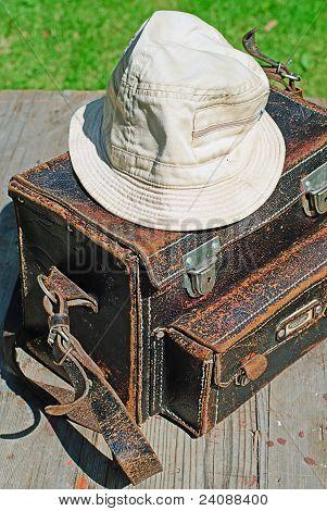Photographer Handbag With Wanderer Hat.