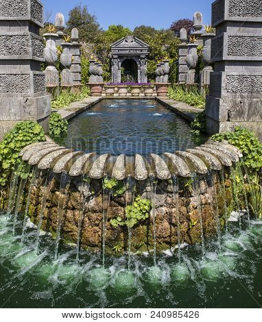 Arundel, Uk - May 5th 2018: A Beautiful Water Feature In The Gardens At Arundel Castle In West Susse