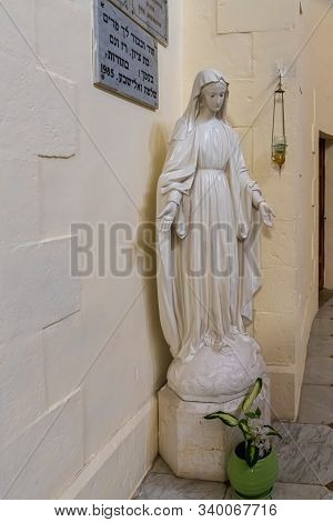 Jerusalem, Israel, December 07, 2019 : The Marble Statue In Interior Of The Our Lady Of The Ark Of T