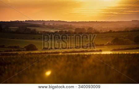 Lincolnshire Wolds, East Midlands, Uk, May 2019, View Of The Lincolnshire Countryside