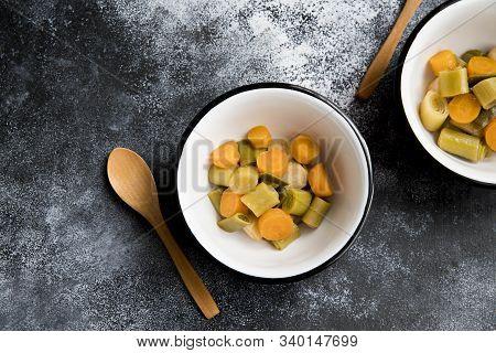 Leek Food. Vegetable Stew (salad): Bell Pepper, Eggplant, Asparagus Beans, Garlic, Carrot, Leek. Bri
