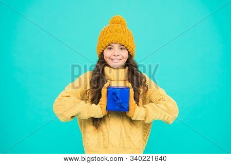Thanks For Your Purchase. Small Girl Warm Clothes Hold Gift. Little Secret Present Box. Pleasant Sur