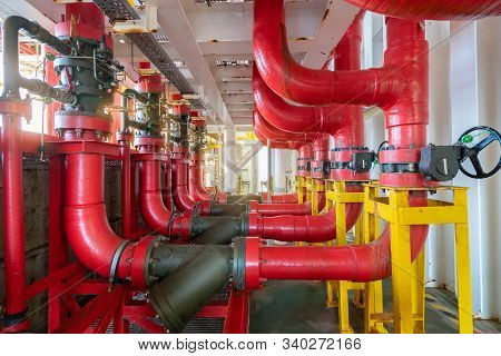 Deluge Valve System Of Firefighting System For Emergency Of Fire Case In Offshore Oil And Gas Centra