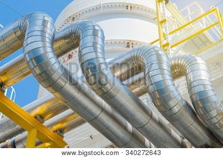 Heating Medium Oil Pipeline Protected With Stainless Steel Insulation For Keep Temperature Form Envi