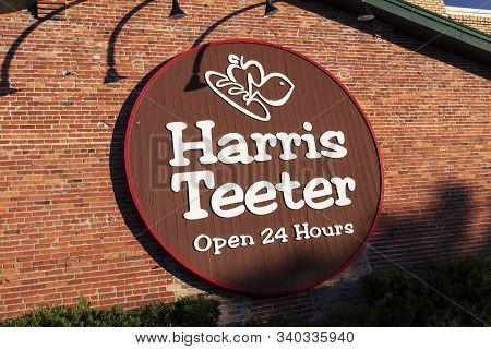Charleston, South Carolina, United States, November 2019, Harris Teeter Supermarket Sign