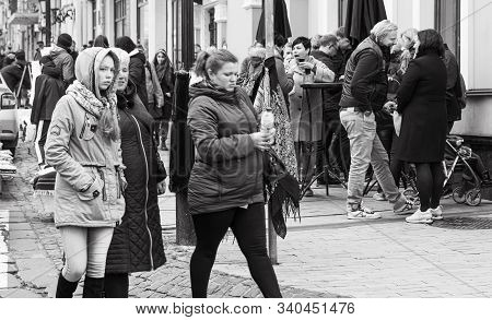 Kyiv, Ukraine - Nov 16, 2019: Famous Historical Streets Of Kyiv Andreevsky Descent. People On Andree