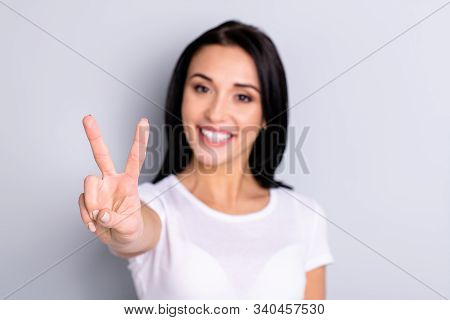 Close-up Portrait Of Her She Nice Attractive Lovely Shine Lovable Optimistic Charming Content Cheerf