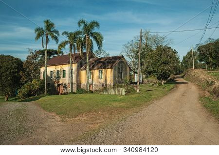 Charming Countrified House In Typical Italian-influenced Style Alongside Dirt Road Near Bento Goncal