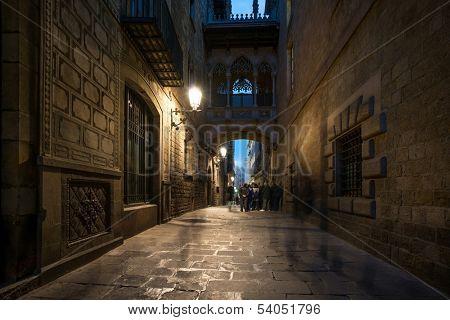 Bridge at Carrer del Bisbe  in Barri Gotic, Barcelona