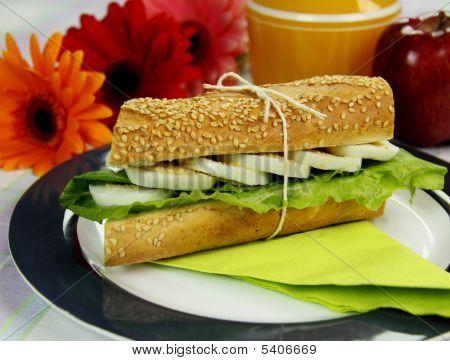 Egg And Lettuce Roll
