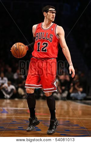 BROOKLYN, NY-APR 22: Chicago Bulls shooting guard Kirk Hinrich handles the ball during a game at Barclays Center on April 22, 2013 in Brooklyn, New York.