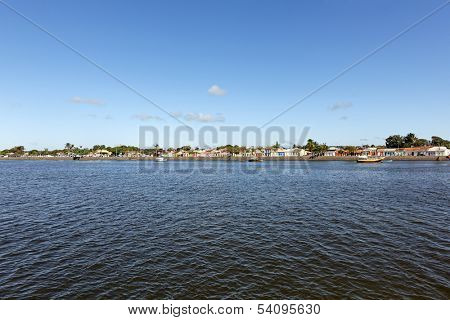 Porto Seguro - Bahia, Brasil - View of its horizon from water.