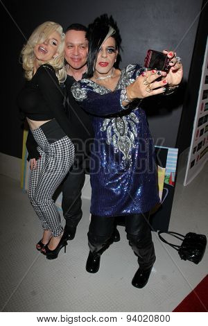 LOS ANGELES - JUN 4:  Courtney Stodden, Doug Hutchison, Sham Ibrahim at the Celebrity Selfies Art Show by Sham Ibrahim at the Sweet! Hollywood on June 4, 2015 in Los Angeles, CA